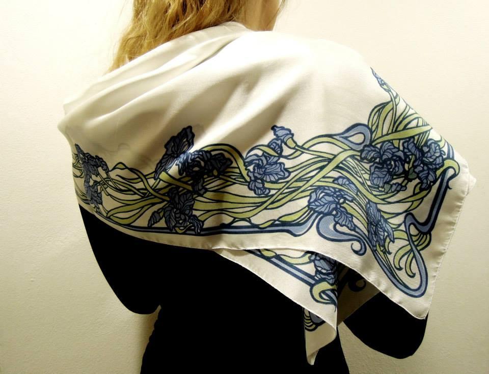 Zádruha scarves