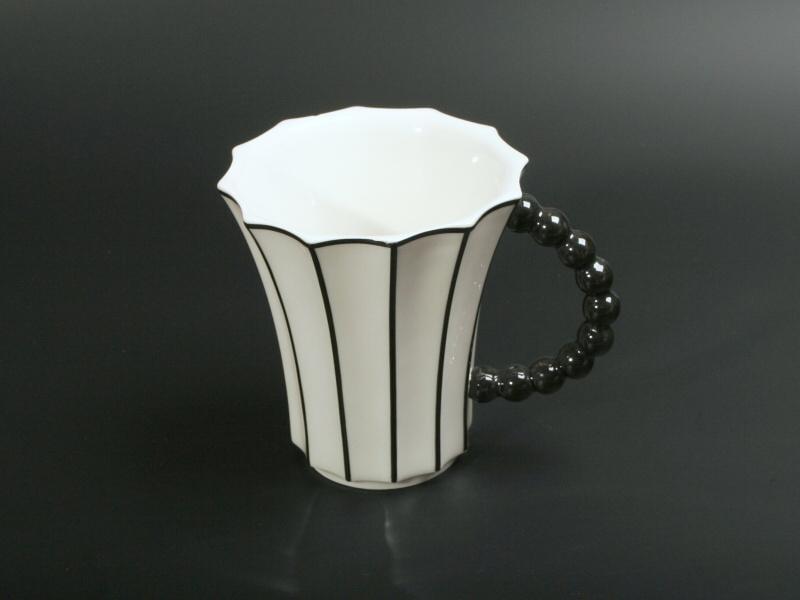 Goldfinger porcelán